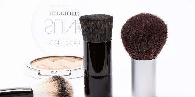Cual es el Mejor Maquillaje para una Piel Propensa al Acne